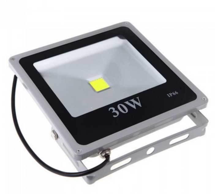Spot led haute puissance 30w 12v ip66 ext rieur gb for Spot led exterieur 12v